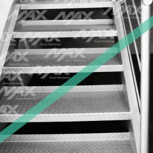 escaleras-antiderrapantes-con-lamina-de-max-acero-monterrey