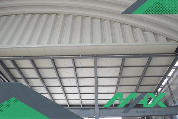 El multypanel es un panel de acero con propiedades aislantes, sencillo de colocar. Si no has trabajado con él, estos consejos te ayudarán.